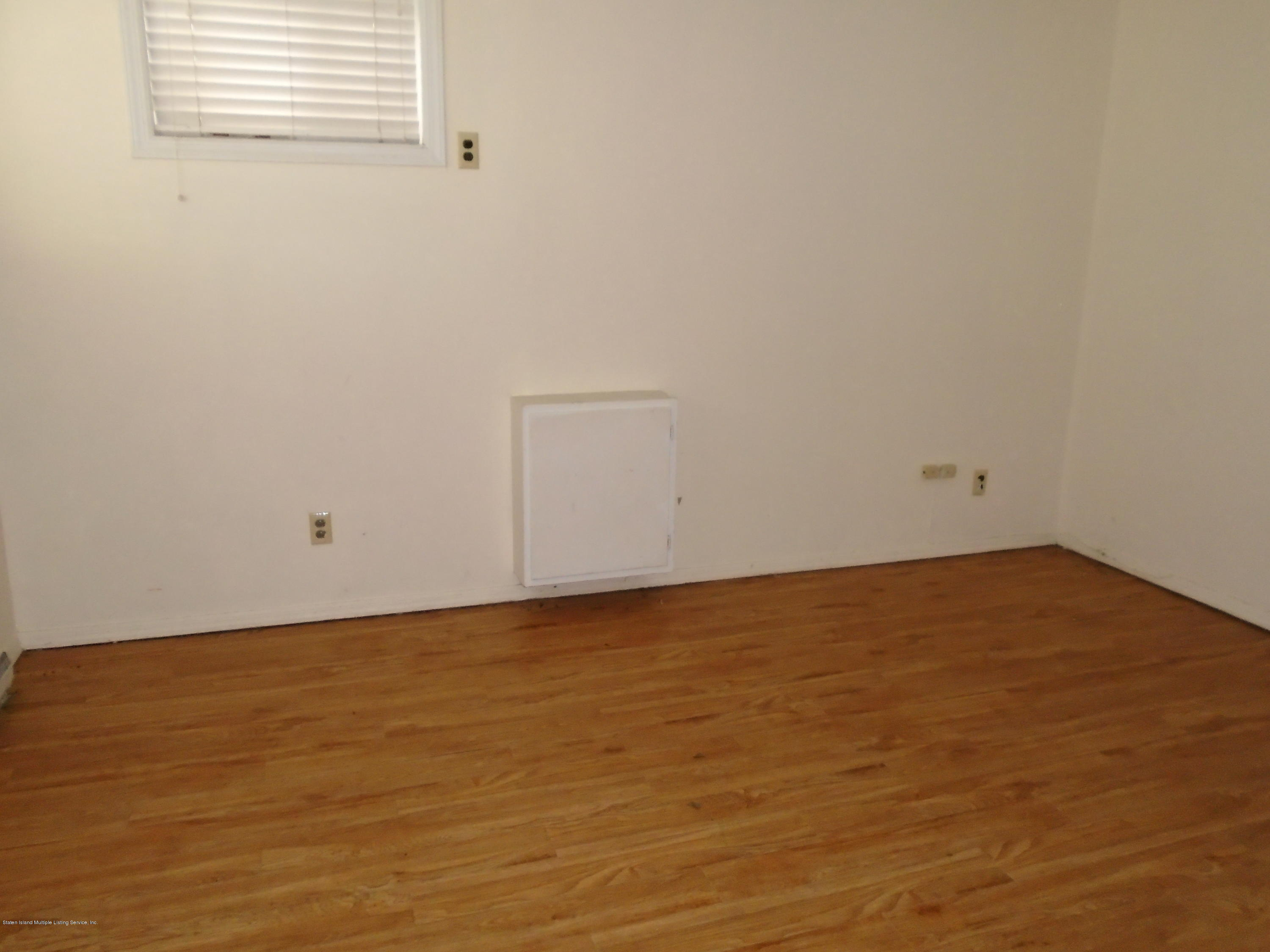Two Family - Semi-Attached 4 University Place  Staten Island, NY 10301, MLS-1130572-20