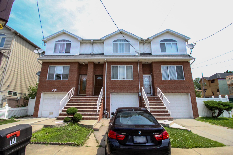 Single Family - Attached 17 Mapleton Avenue  Staten Island, NY 10306, MLS-1130621-3