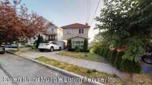 70 Pouch Ter, Staten Island, NY 10305