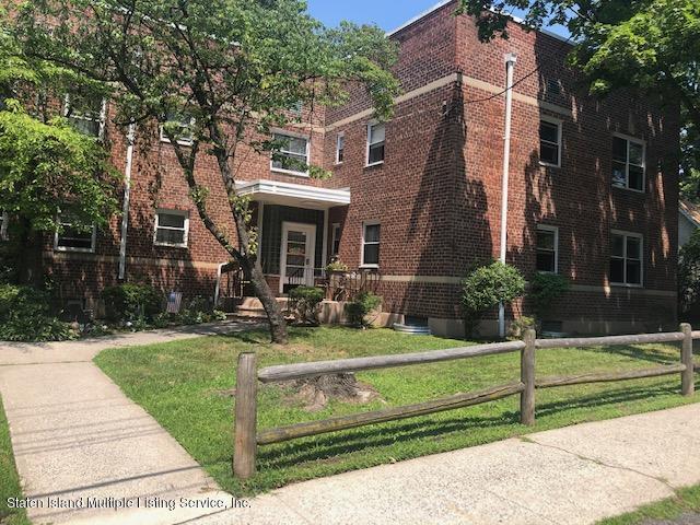 Co-Op in Randall Manor - 545 Castleton Avenue  Staten Island, NY 10301