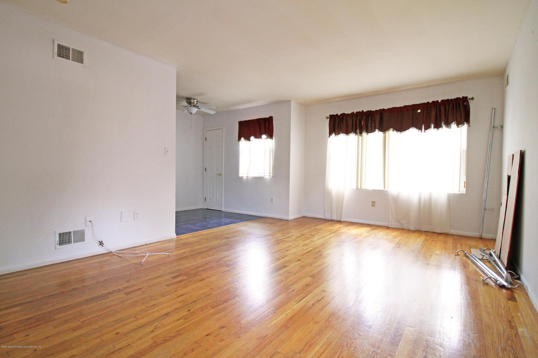 Single Family - Semi-Attached 9 Oak Street  Staten Island, NY 10305, MLS-1128788-4