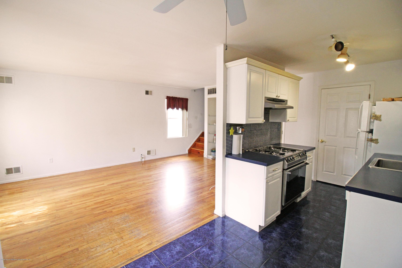 Single Family - Semi-Attached 9 Oak Street  Staten Island, NY 10305, MLS-1128788-5