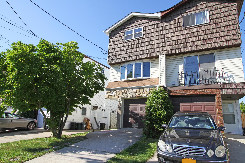 Single Family - Semi-Attached 234 Slater Boulevard  Staten Island, NY 10305, MLS-1130715-2