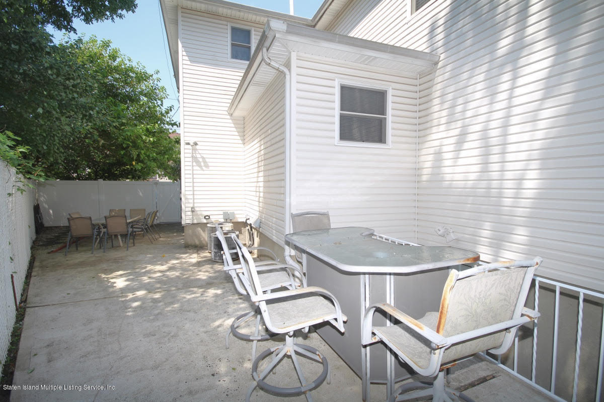 Single Family - Detached 7 Seguine Place  Staten Island, NY 10312, MLS-1130759-24