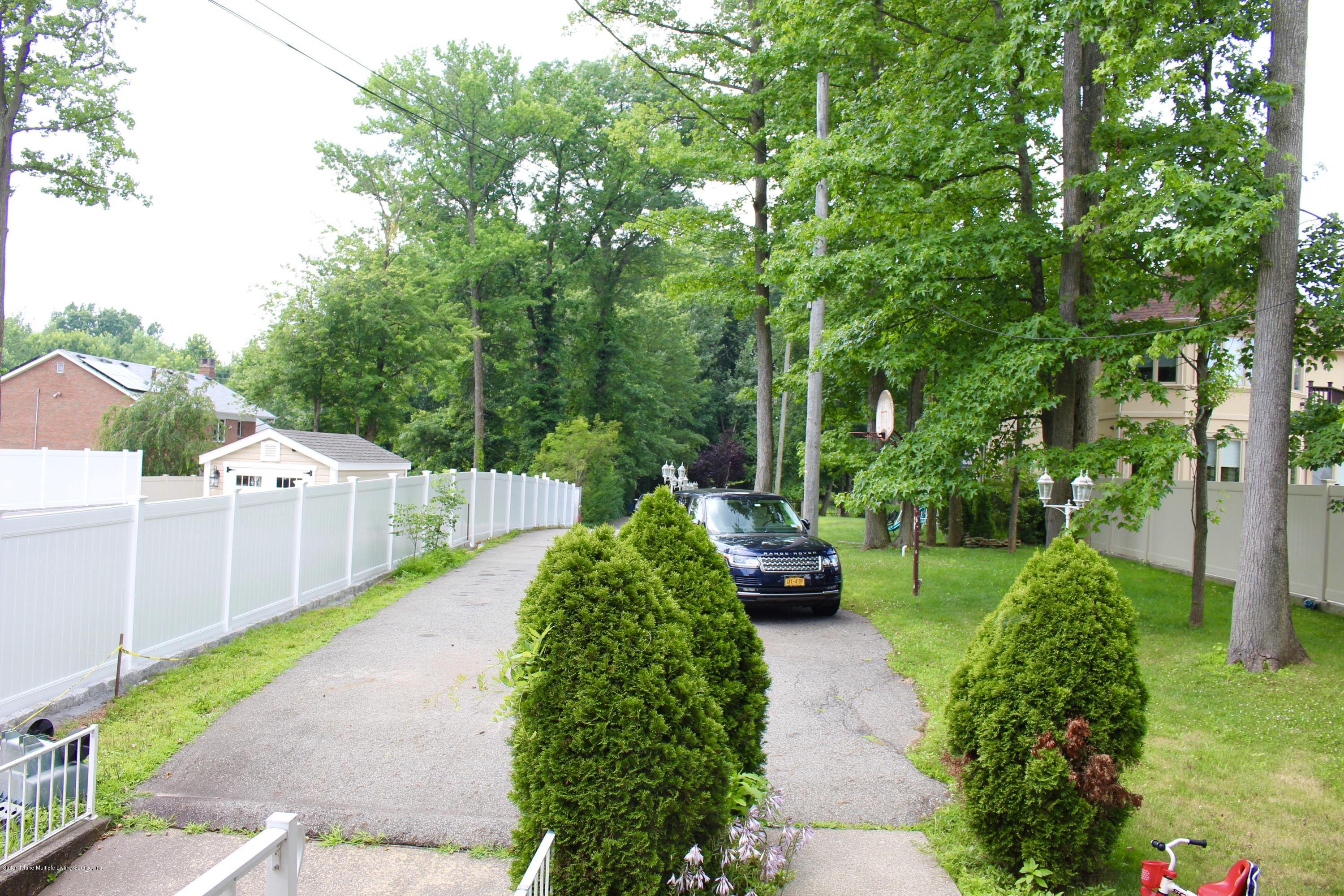 Two Family - Detached 63 Parkwood Avenue  Staten Island, NY 10309, MLS-1124729-31