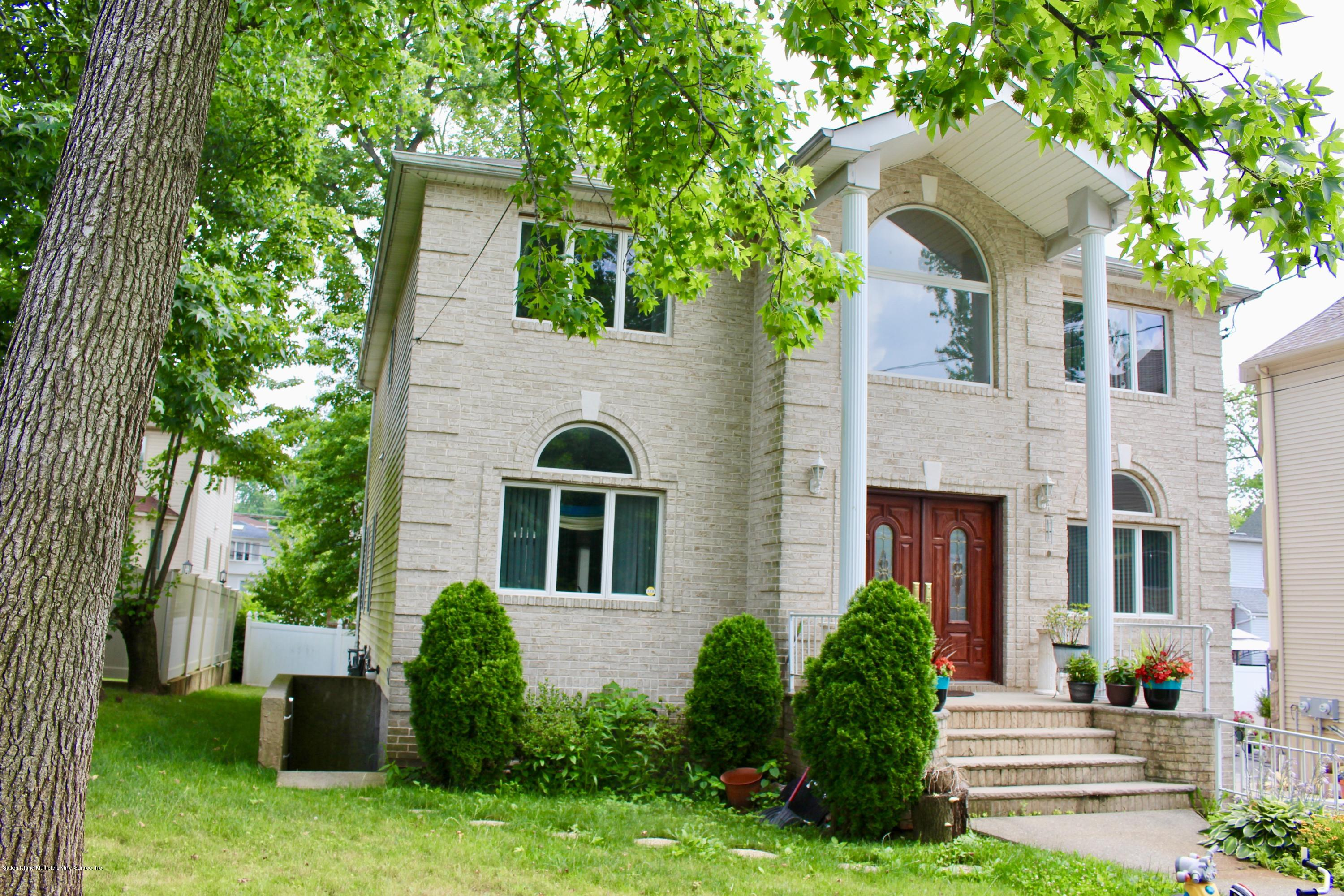 Two Family - Detached 63 Parkwood Avenue  Staten Island, NY 10309, MLS-1124729-32