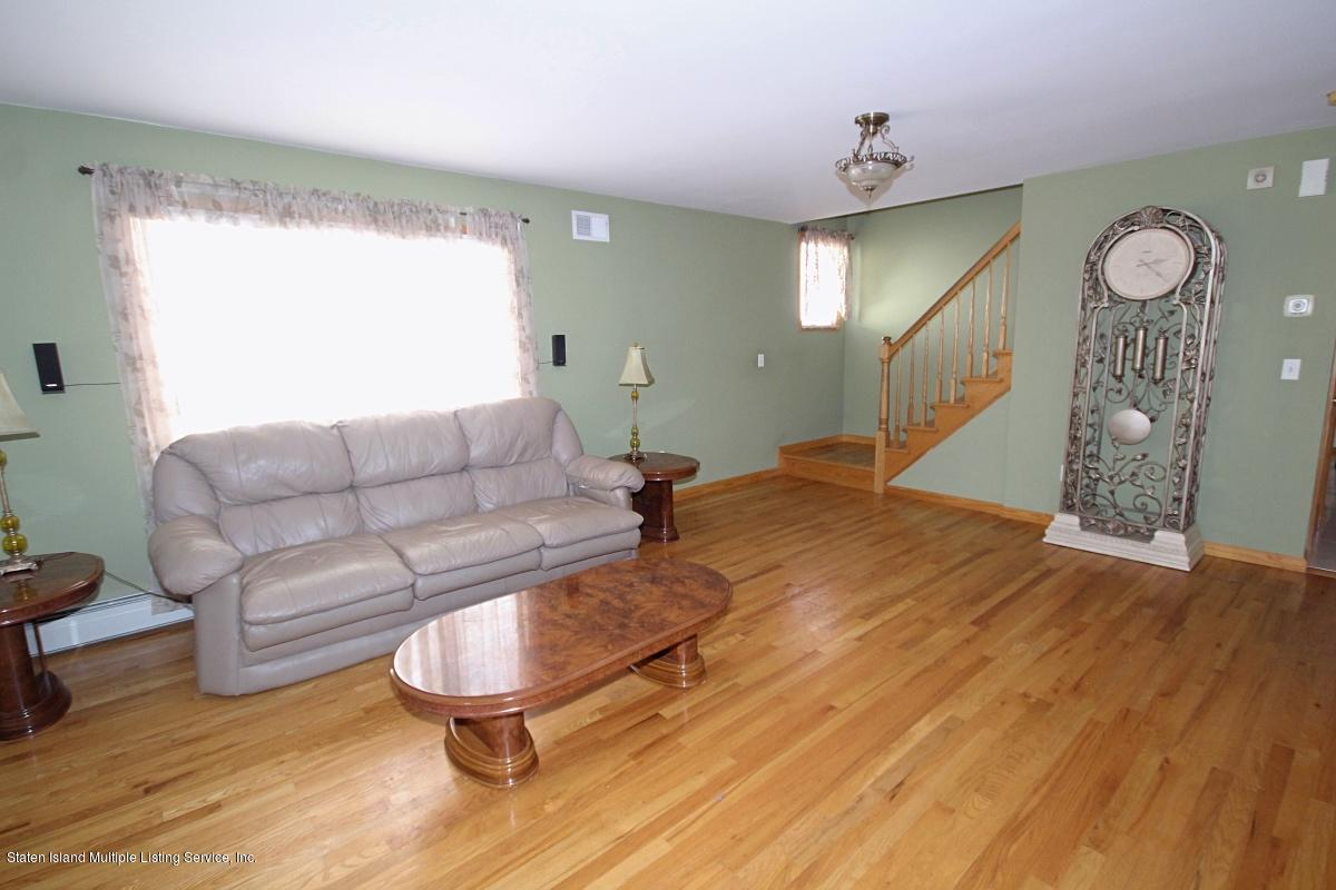 Single Family - Detached 7 Seguine Place  Staten Island, NY 10312, MLS-1130759-2