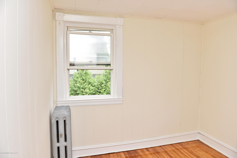 Single Family - Detached 257 Potter Avenue  Staten Island, NY 10314, MLS-1128622-42