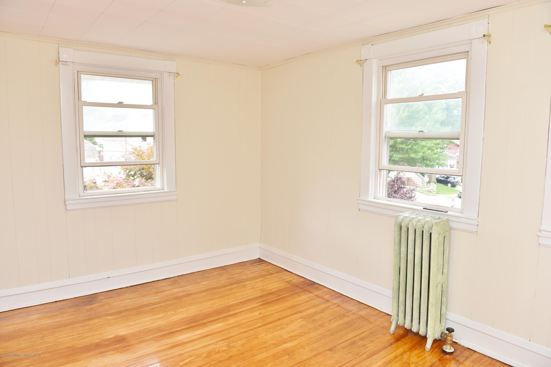 Single Family - Detached 257 Potter Avenue  Staten Island, NY 10314, MLS-1128622-46