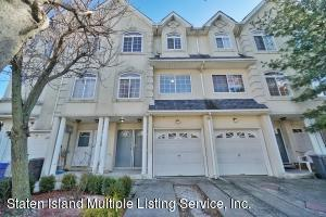 28 Waterview Court, Staten Island, NY 10305