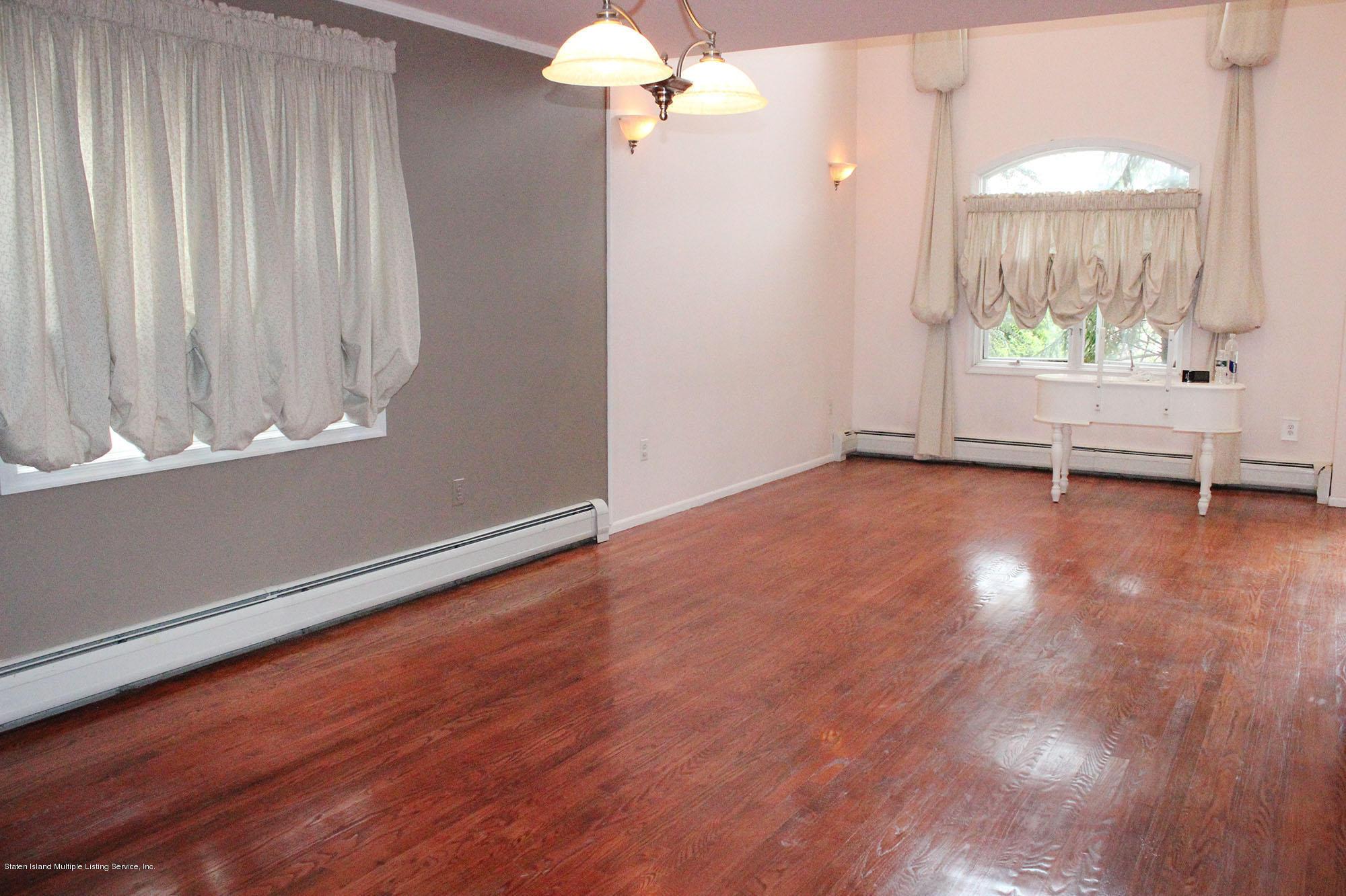 Single Family - Detached 64 Covington Circle  Staten Island, NY 10312, MLS-1130895-2