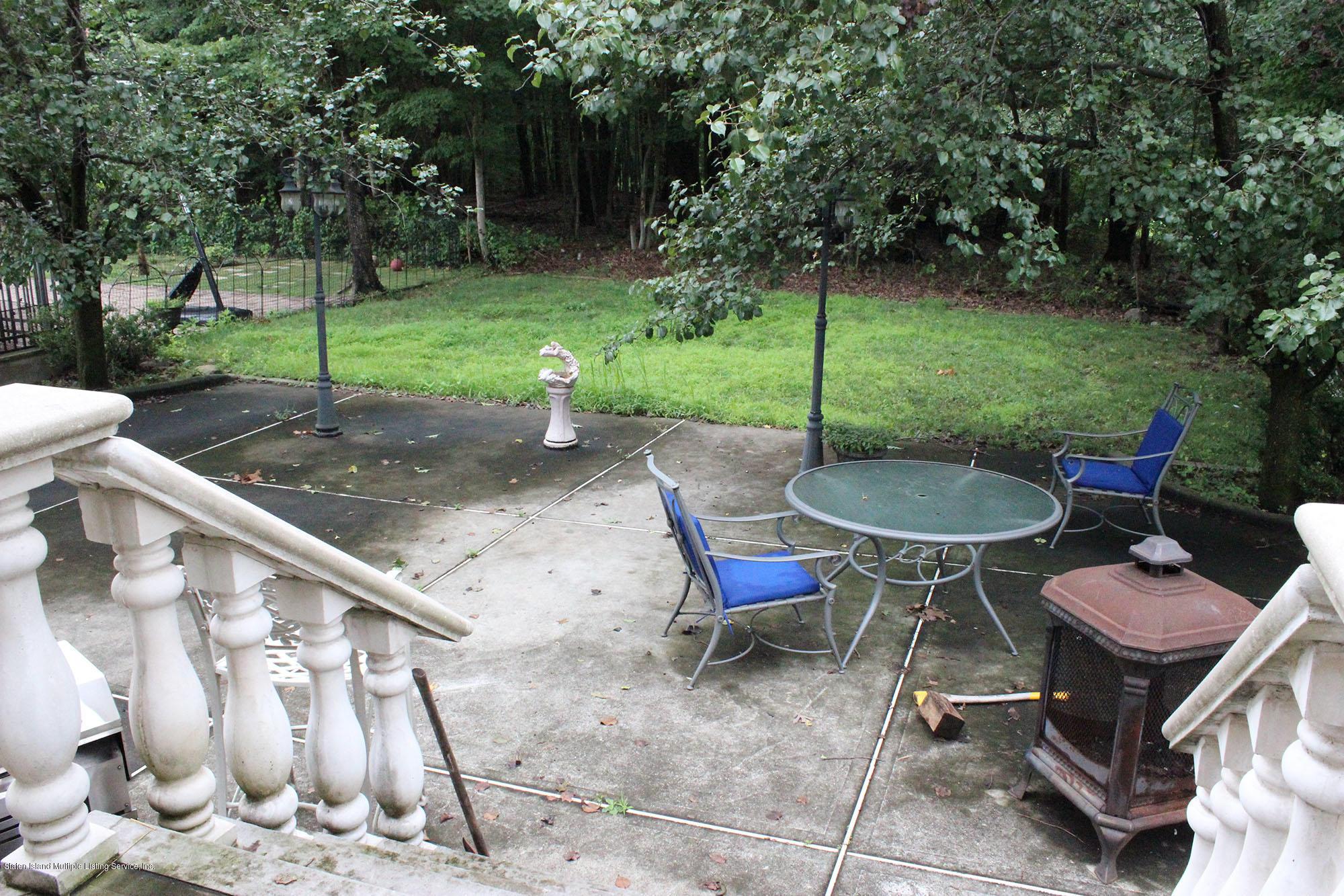 Single Family - Detached 64 Covington Circle  Staten Island, NY 10312, MLS-1130895-19