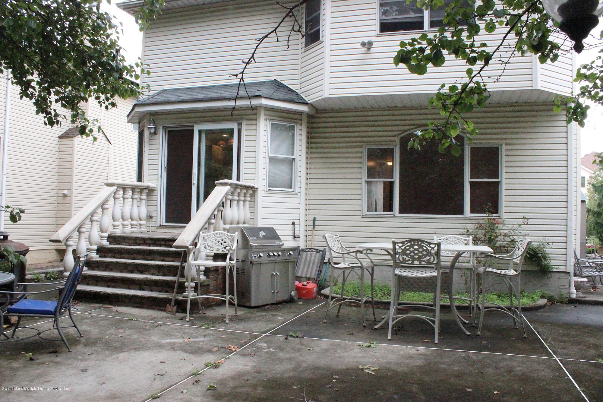 Single Family - Detached 64 Covington Circle  Staten Island, NY 10312, MLS-1130895-20