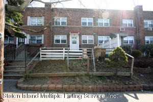 21 Winthrop Place, Staten Island, NY 10314
