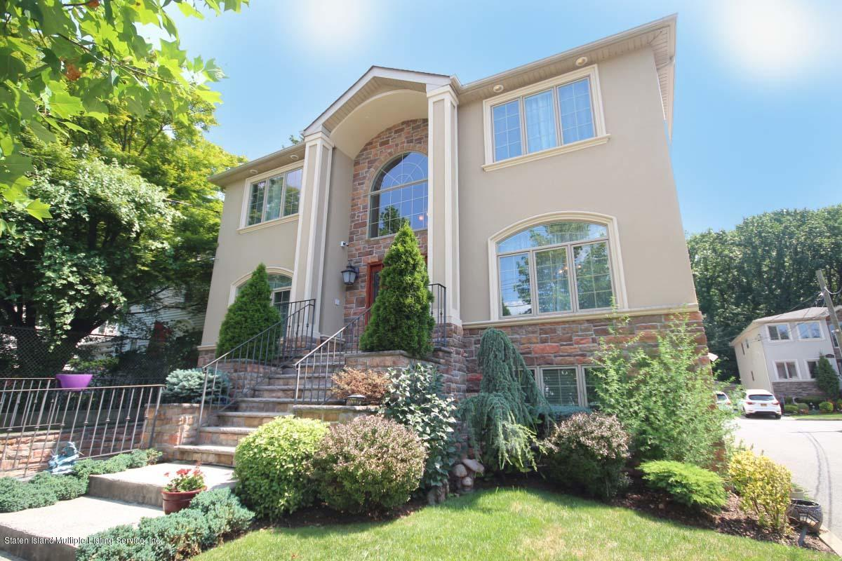 Two Family - Detached 107 Bayview Avenue  Staten Island, NY 10309, MLS-1130938-2