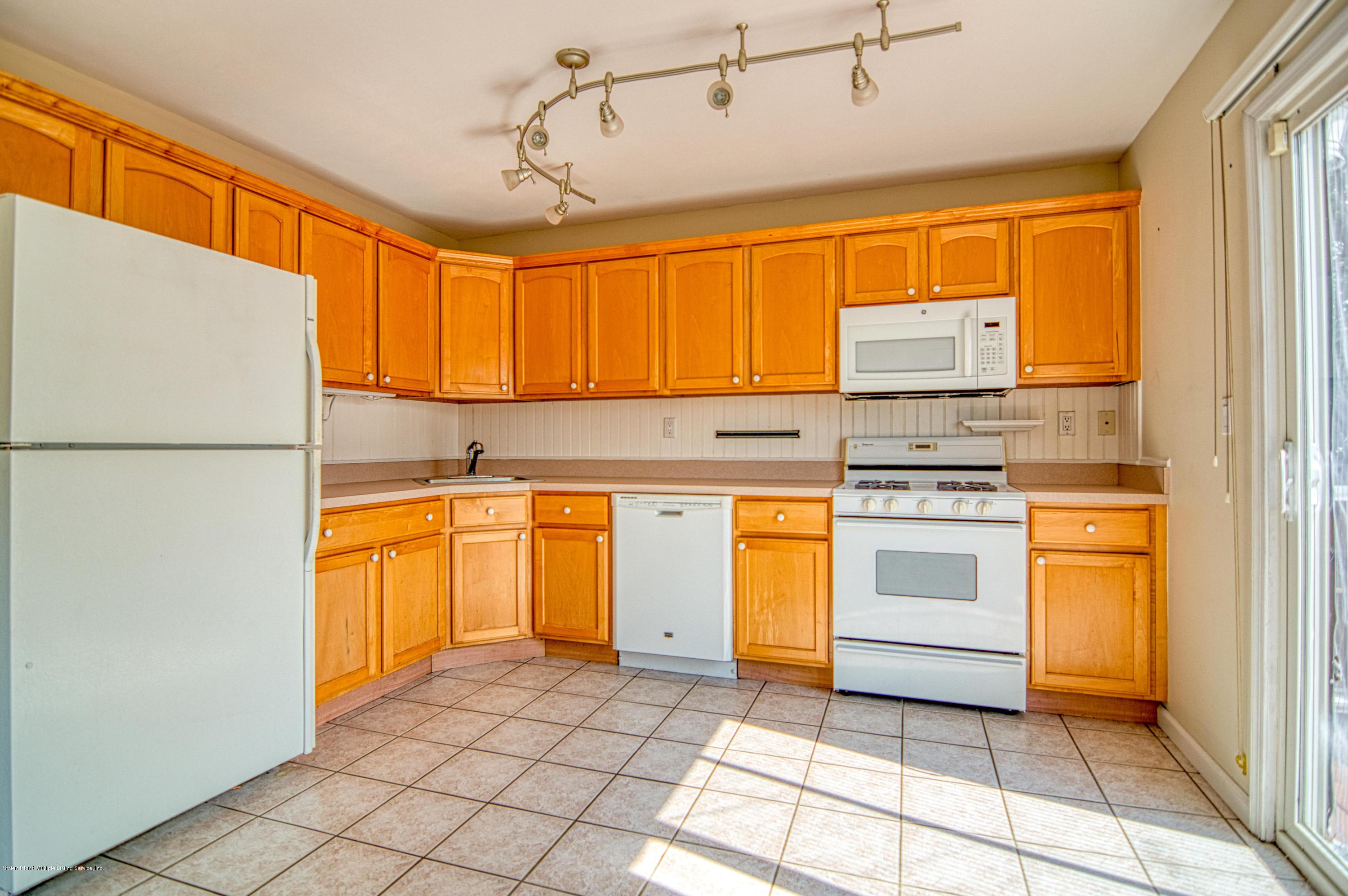 Single Family - Semi-Attached 87 Retner Street  Staten Island, NY 10305, MLS-1130963-4
