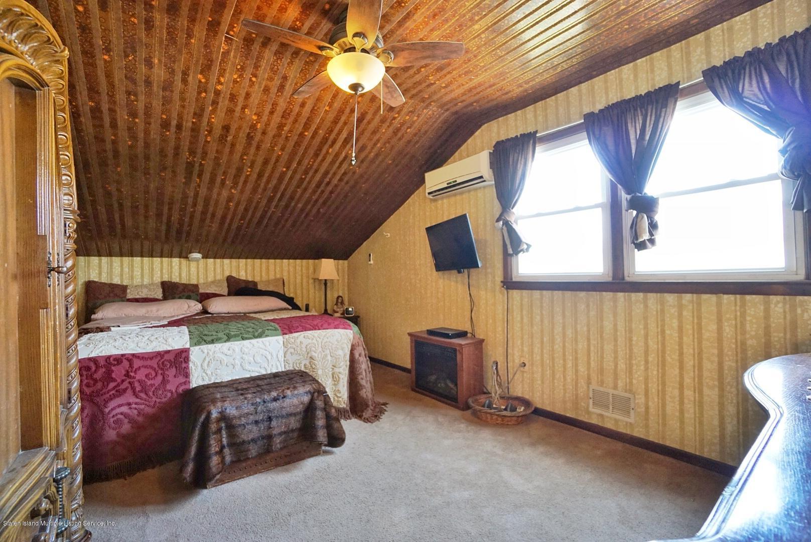 Single Family - Detached 301 Hamden Avenue  Staten Island, NY 10306, MLS-1131016-12