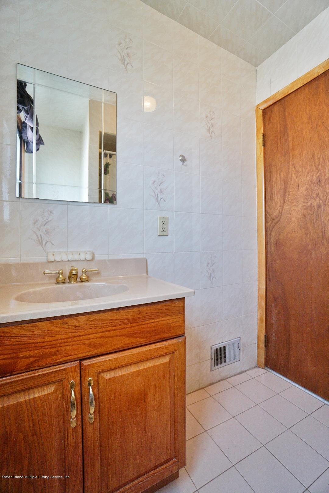 Single Family - Detached 301 Hamden Avenue  Staten Island, NY 10306, MLS-1131016-18