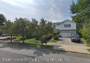 122 Holcomb Avenue, Staten Island, NY 10312
