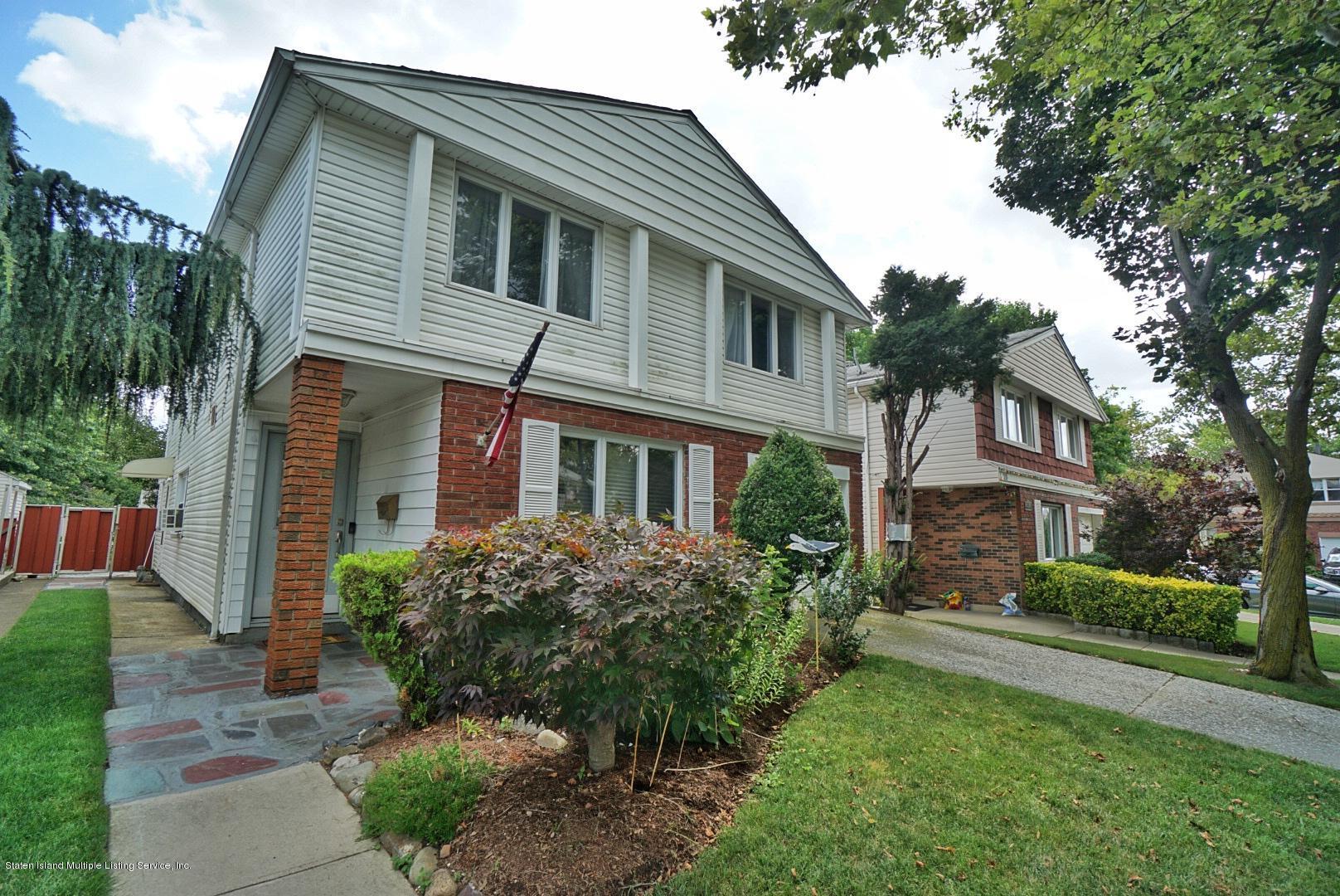 Two Family - Detached 20 Thurston Street  Staten Island, NY 10314, MLS-1131094-3