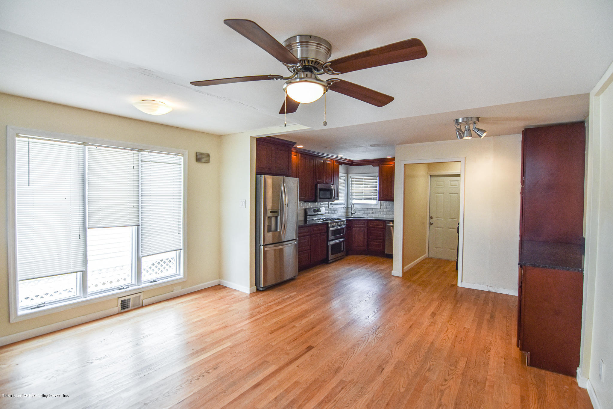 Single Family - Semi-Attached 12 Ebey Lane  Staten Island, NY 10312, MLS-1131132-4