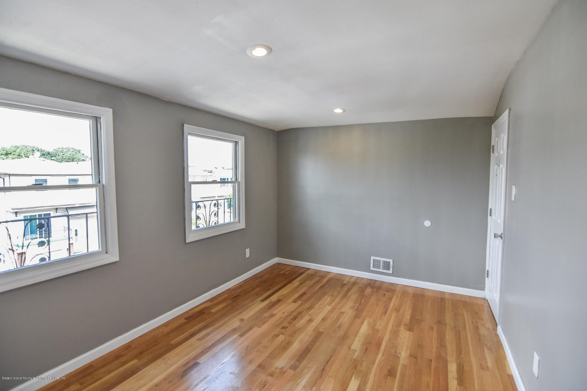 Single Family - Semi-Attached 12 Ebey Lane  Staten Island, NY 10312, MLS-1131132-18