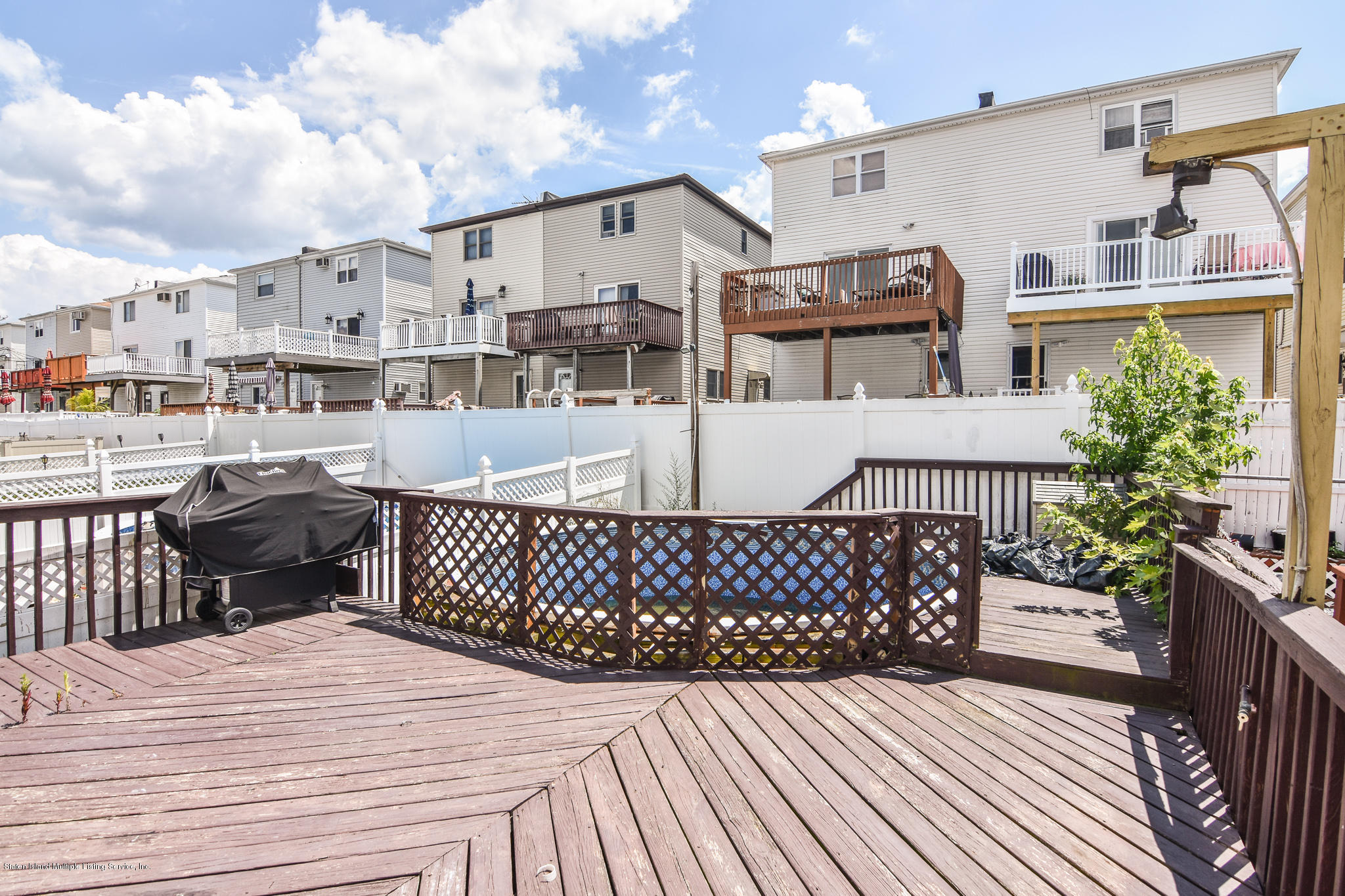 Single Family - Semi-Attached 12 Ebey Lane  Staten Island, NY 10312, MLS-1131132-24