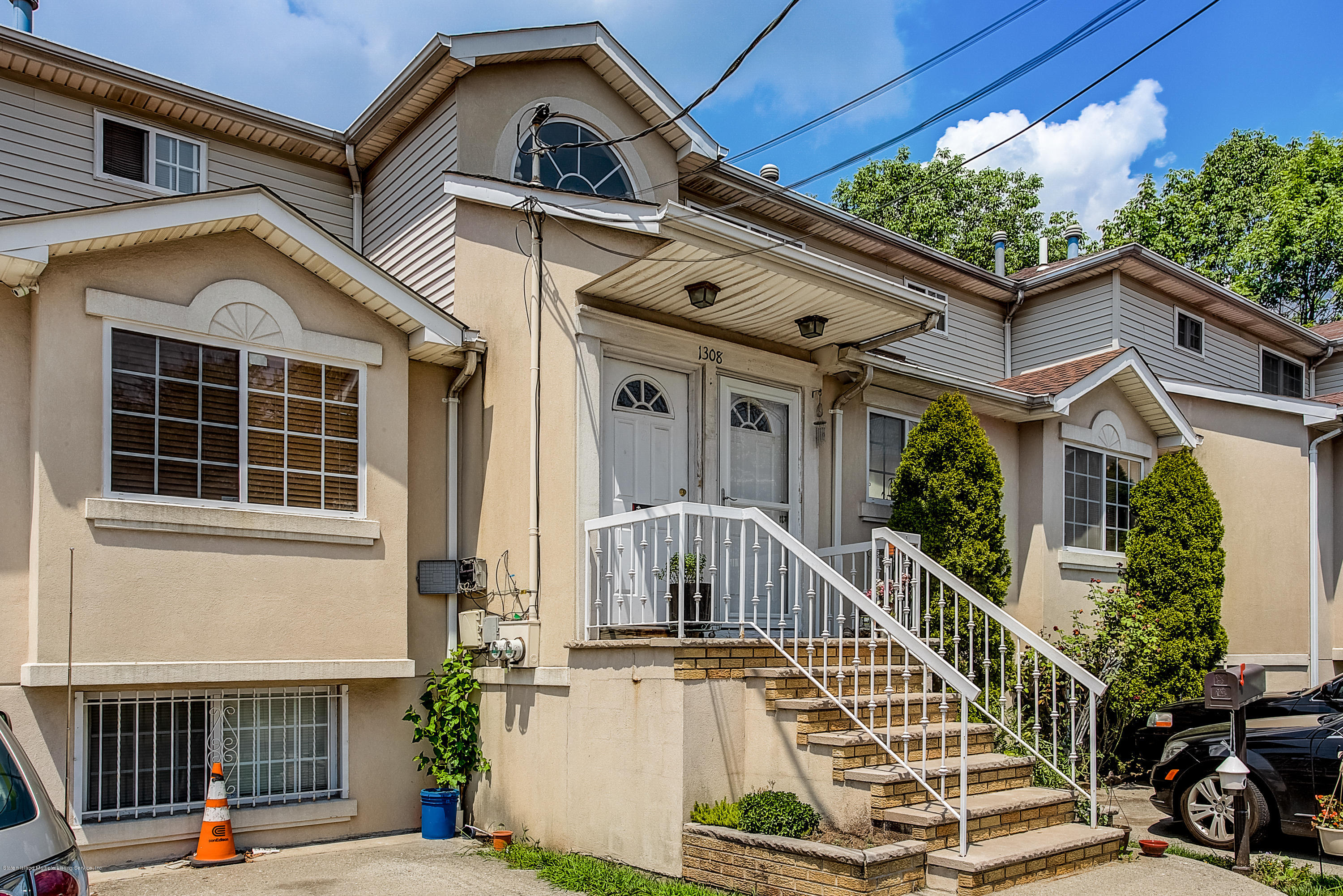 Two Family - Attached 1308 Richmond Avenue  Staten Island, NY 10314, MLS-1131134-23