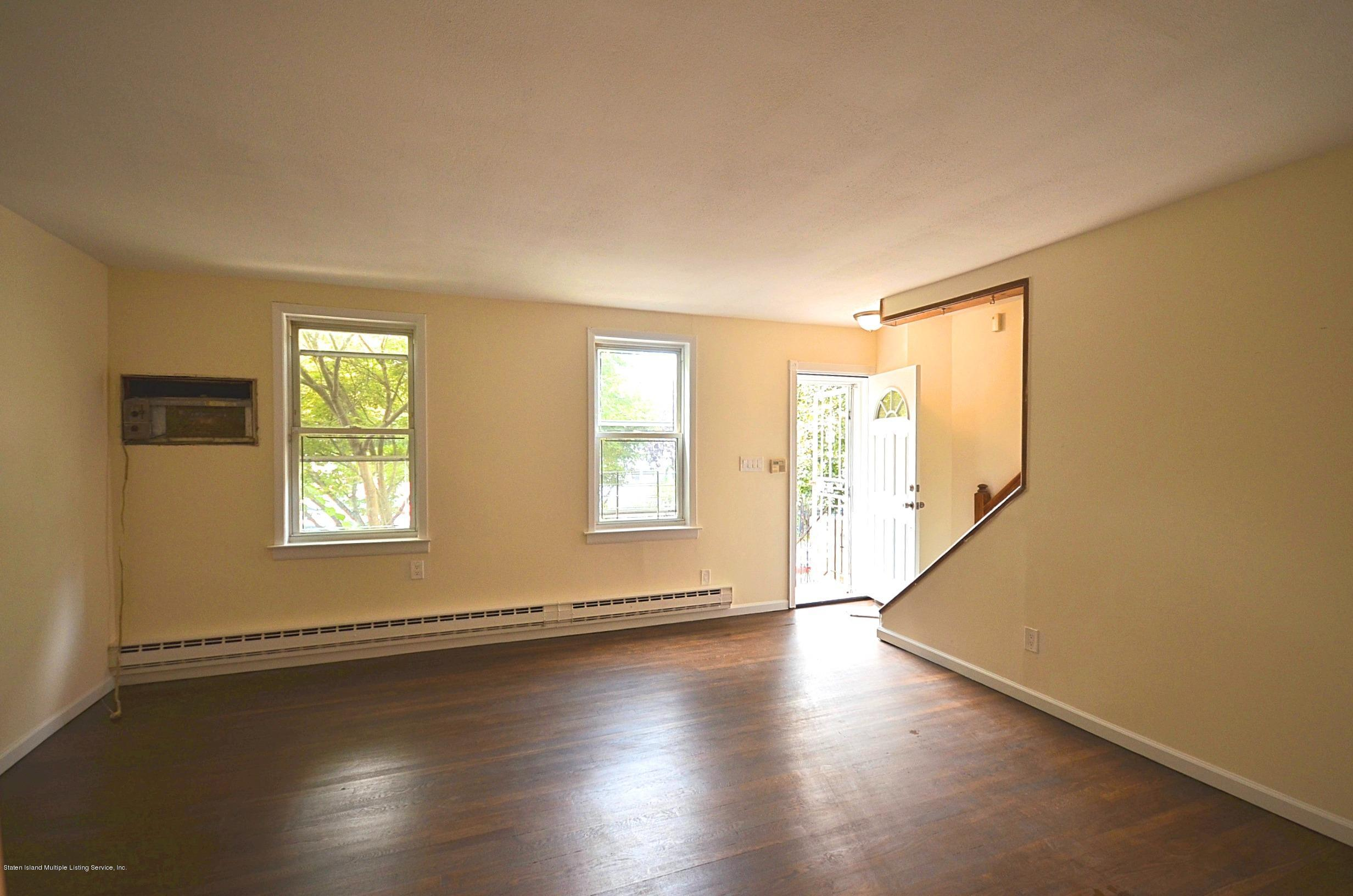 Single Family - Attached 113 Pendleton Place  Staten Island, NY 10301, MLS-1131171-3