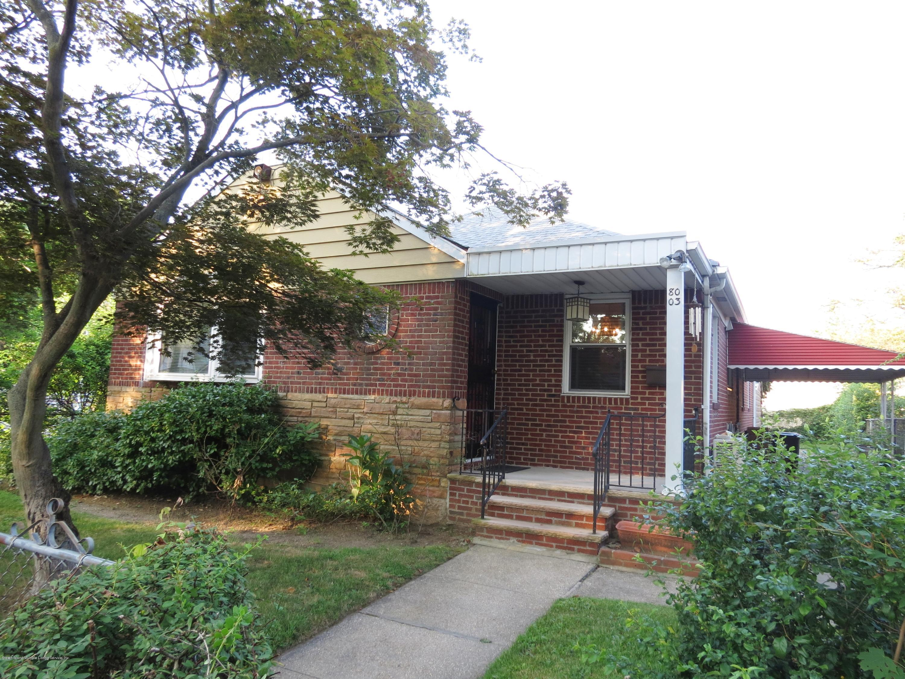 Single Family - Detached 8003 215th St   Queens, NY 11427, MLS-1131180-3