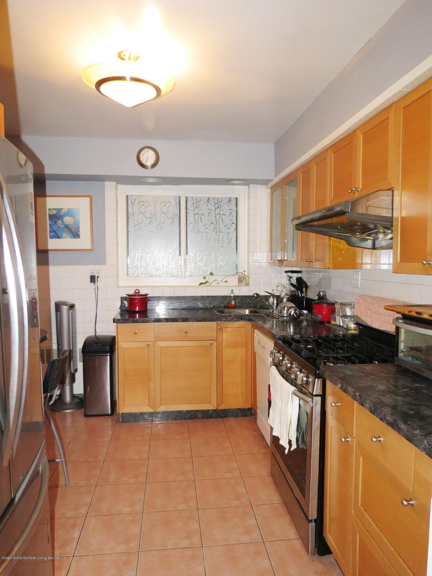 Single Family - Detached 8003 215th St   Queens, NY 11427, MLS-1131180-14