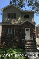 69 Bache St, Staten Island, NY 10306