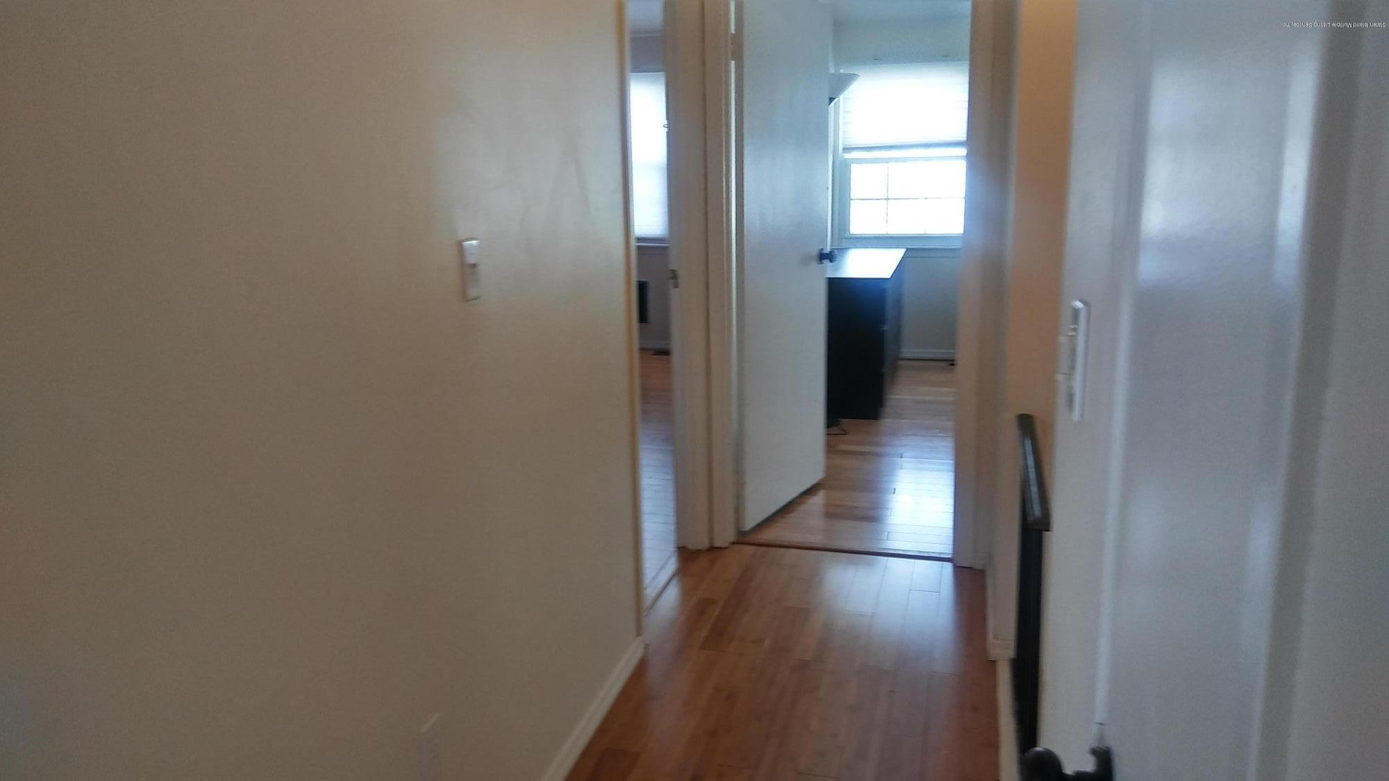 Single Family - Attached 32 Barclay Circle  Staten Island, NY 10312, MLS-1131210-12