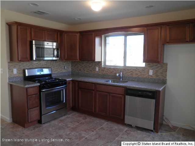 Single Family - Semi-Attached 9 Mapleton Avenue  Staten Island, NY 10306, MLS-1131111-5