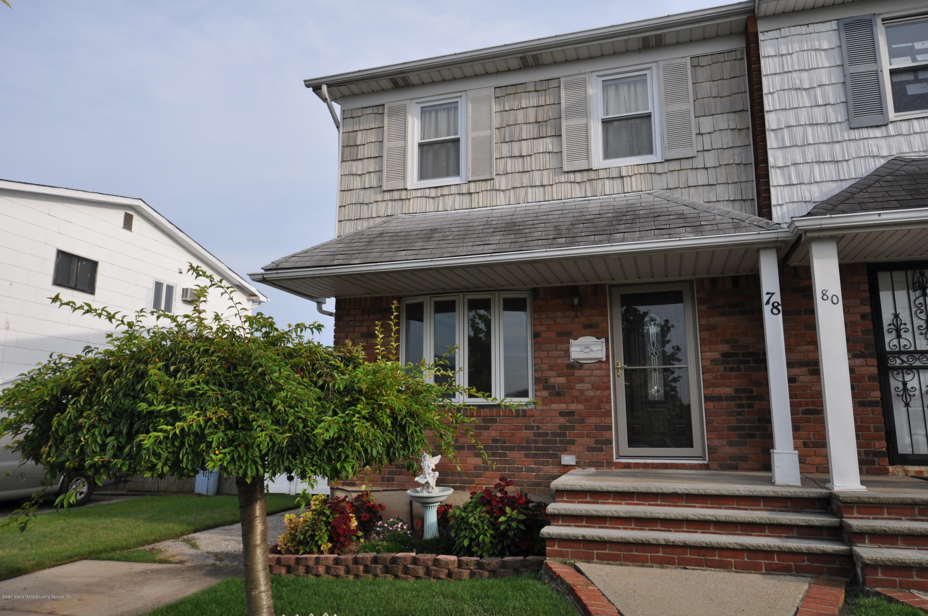 Single Family - Semi-Attached in Arden Heights - 78 Token Street  Staten Island, NY 10312