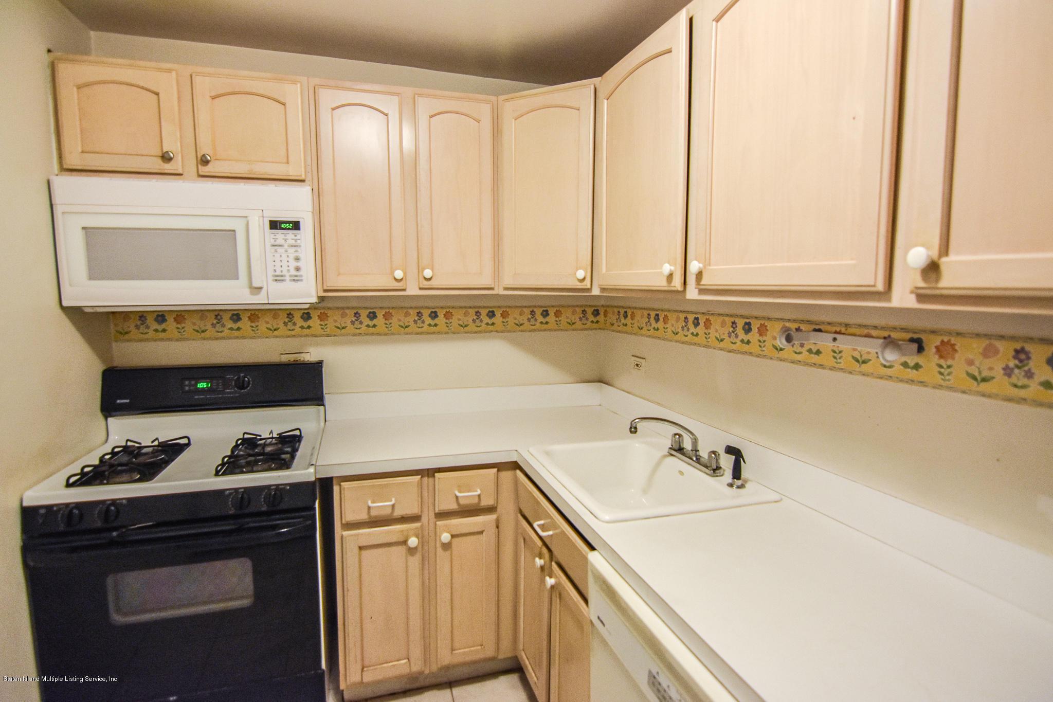 Condo 830 Howard Avenue 1e  Staten Island, NY 10301, MLS-1130720-7