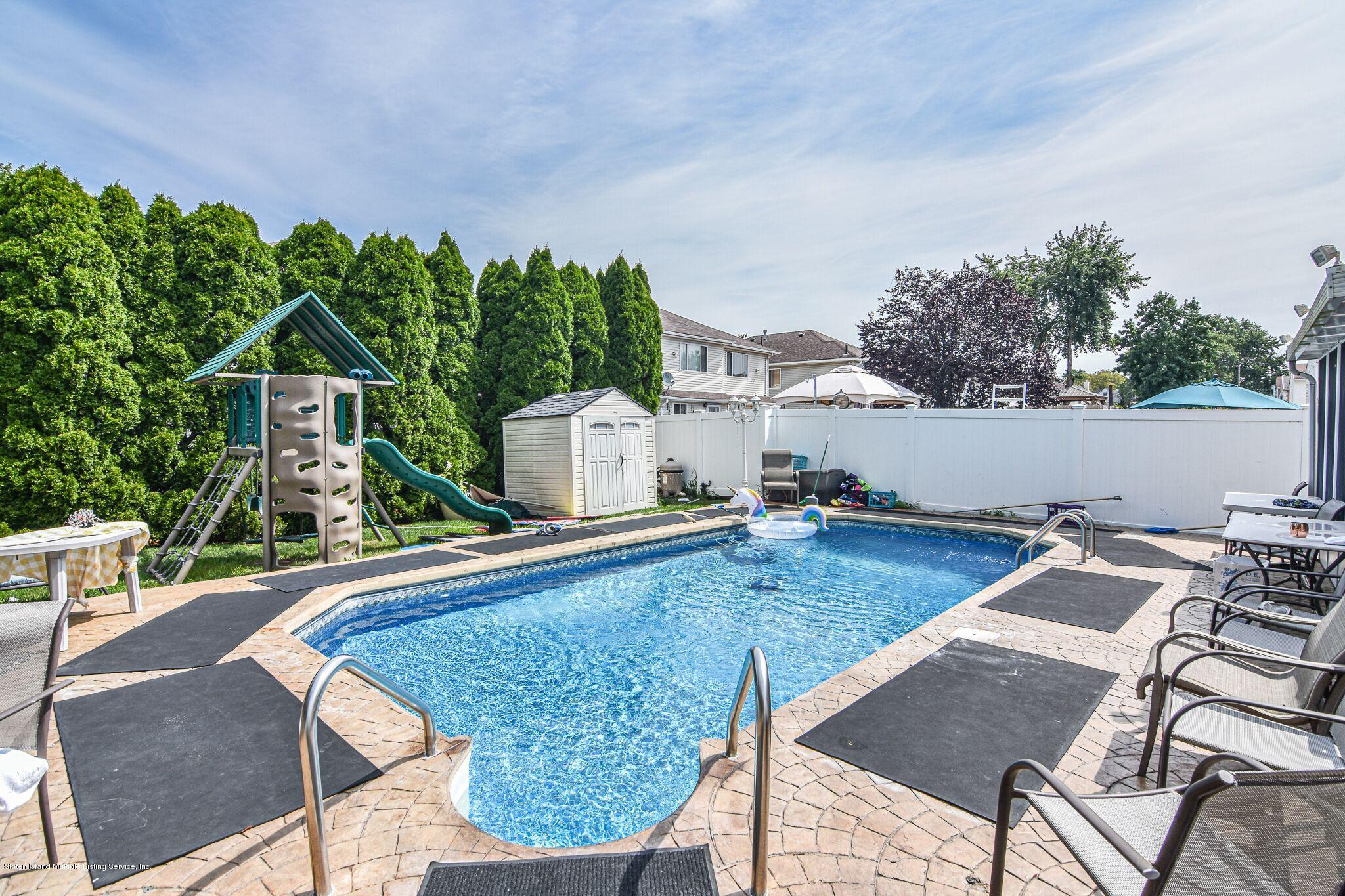 Two Family - Detached 3 Fieldstone Road  Staten Island, NY 10314, MLS-1131141-32