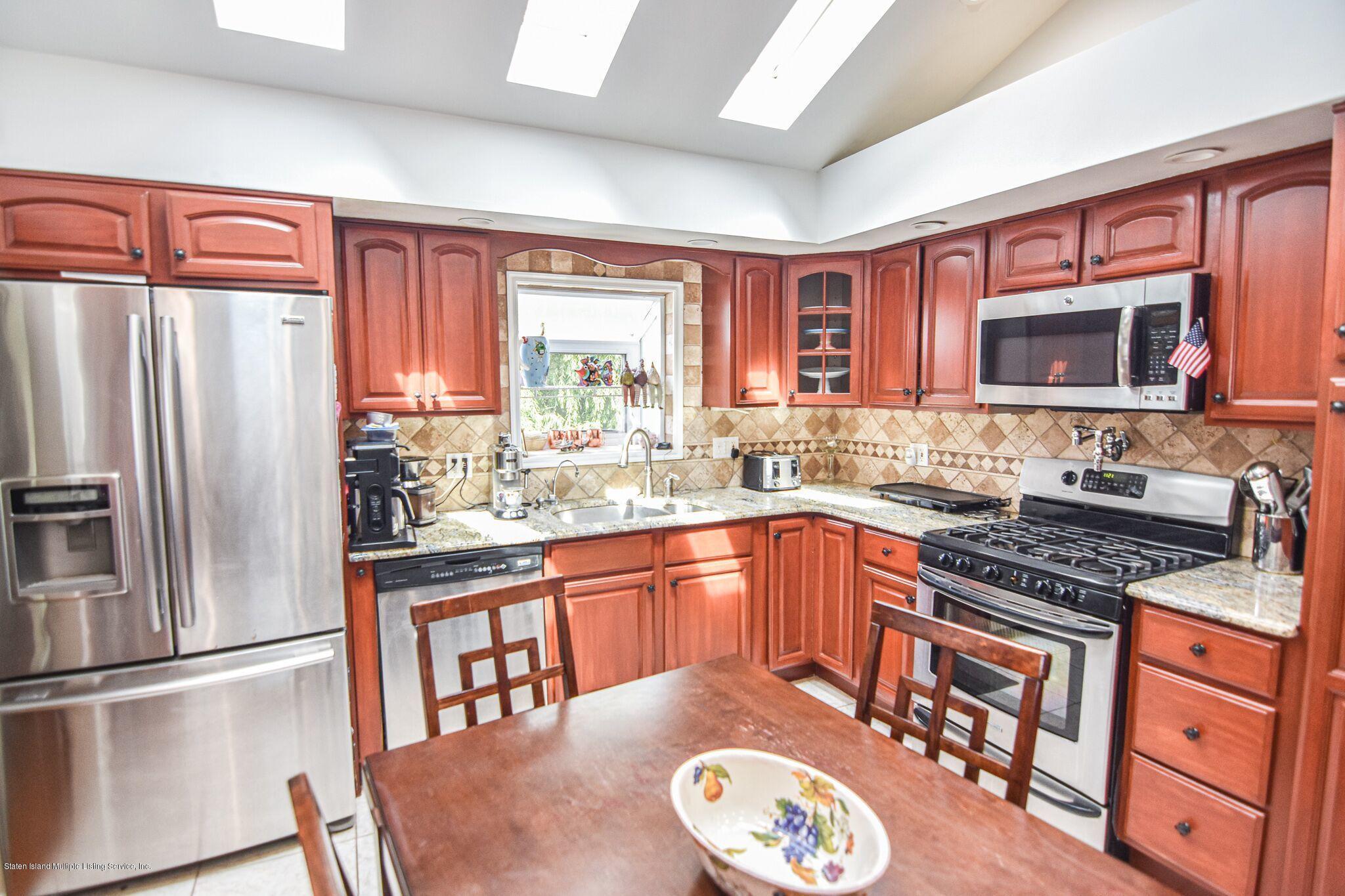 Two Family - Detached 3 Fieldstone Road  Staten Island, NY 10314, MLS-1131141-6