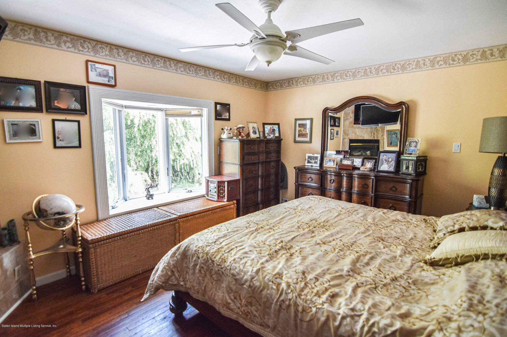 Two Family - Detached 3 Fieldstone Road  Staten Island, NY 10314, MLS-1131141-24
