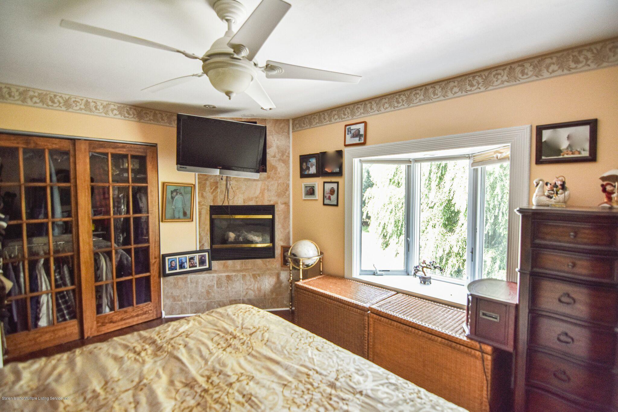 Two Family - Detached 3 Fieldstone Road  Staten Island, NY 10314, MLS-1131141-21