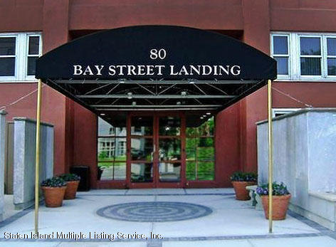 Condo in St. George - 80 Bay Street Landing 3a  Staten Island, NY 10301