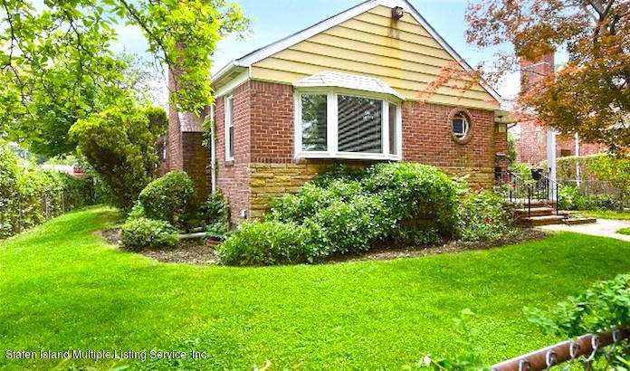 Single Family - Detached in Off Island - 8003 215th St   Queens, NY 11427