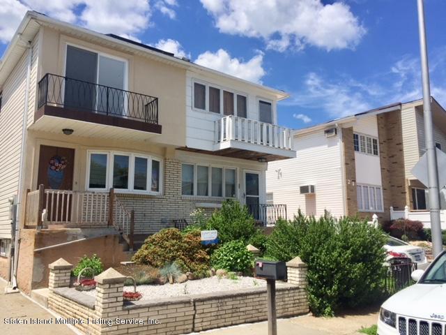 Single Family - Semi-Attached 25 Strawberry Lane  Staten Island, NY 10312, MLS-1131294-2