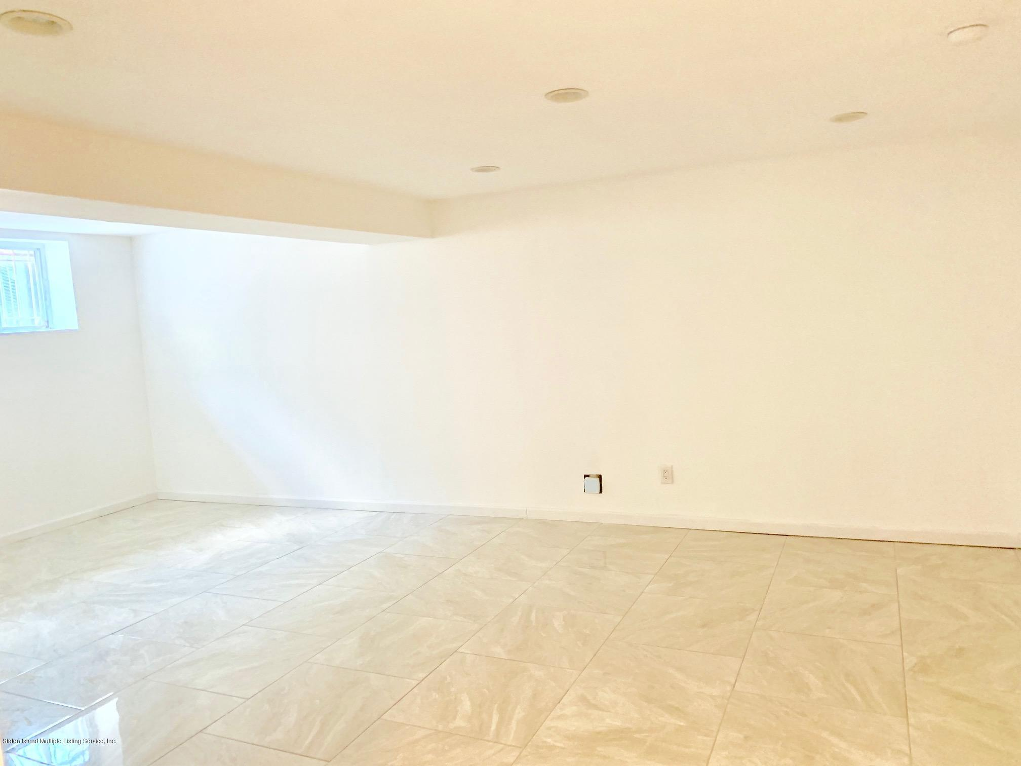 Single Family - Detached 11 Gilbert Place  Staten Island, NY 10309, MLS-1131291-23