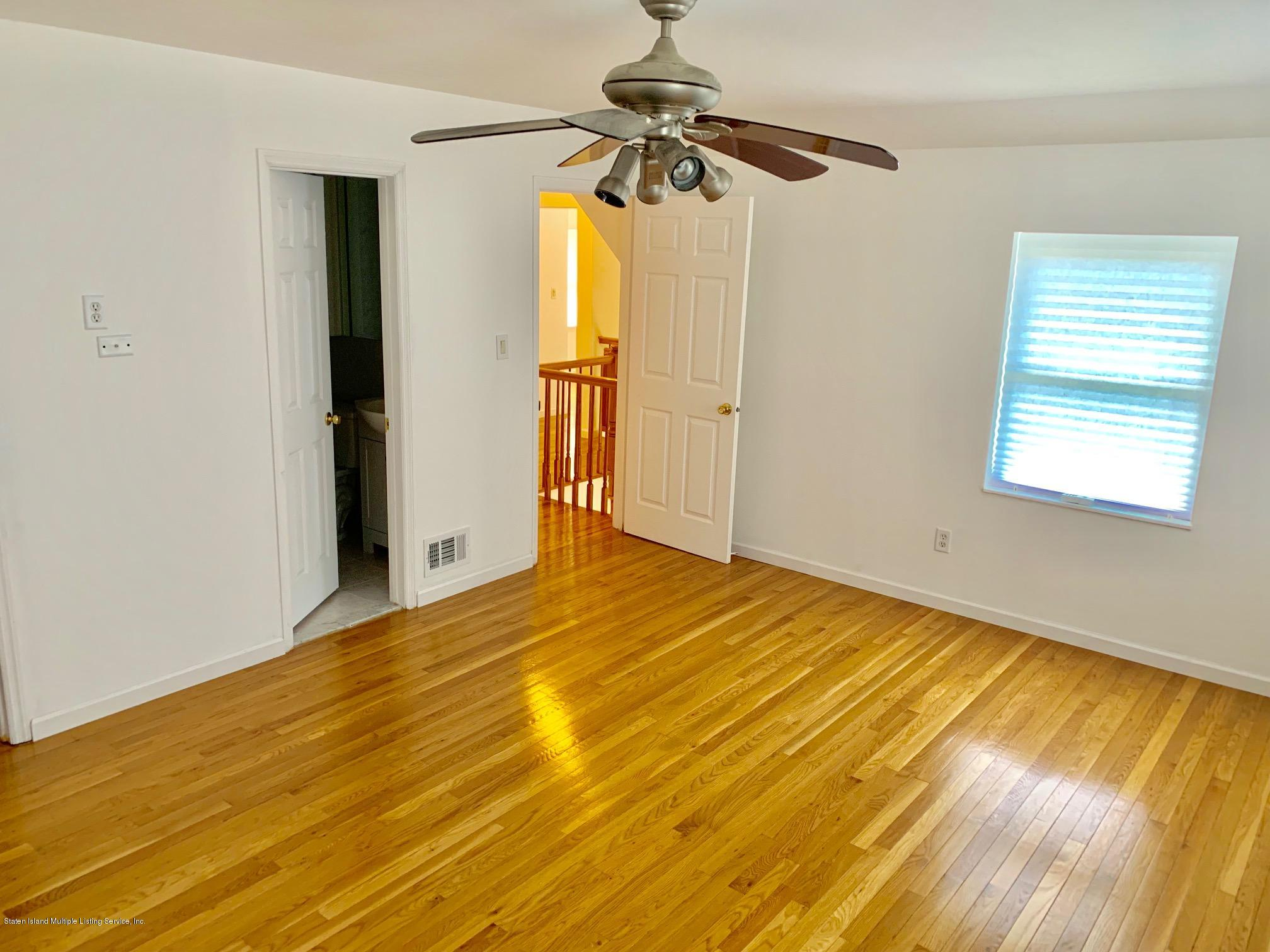 Single Family - Detached 11 Gilbert Place  Staten Island, NY 10309, MLS-1131291-16