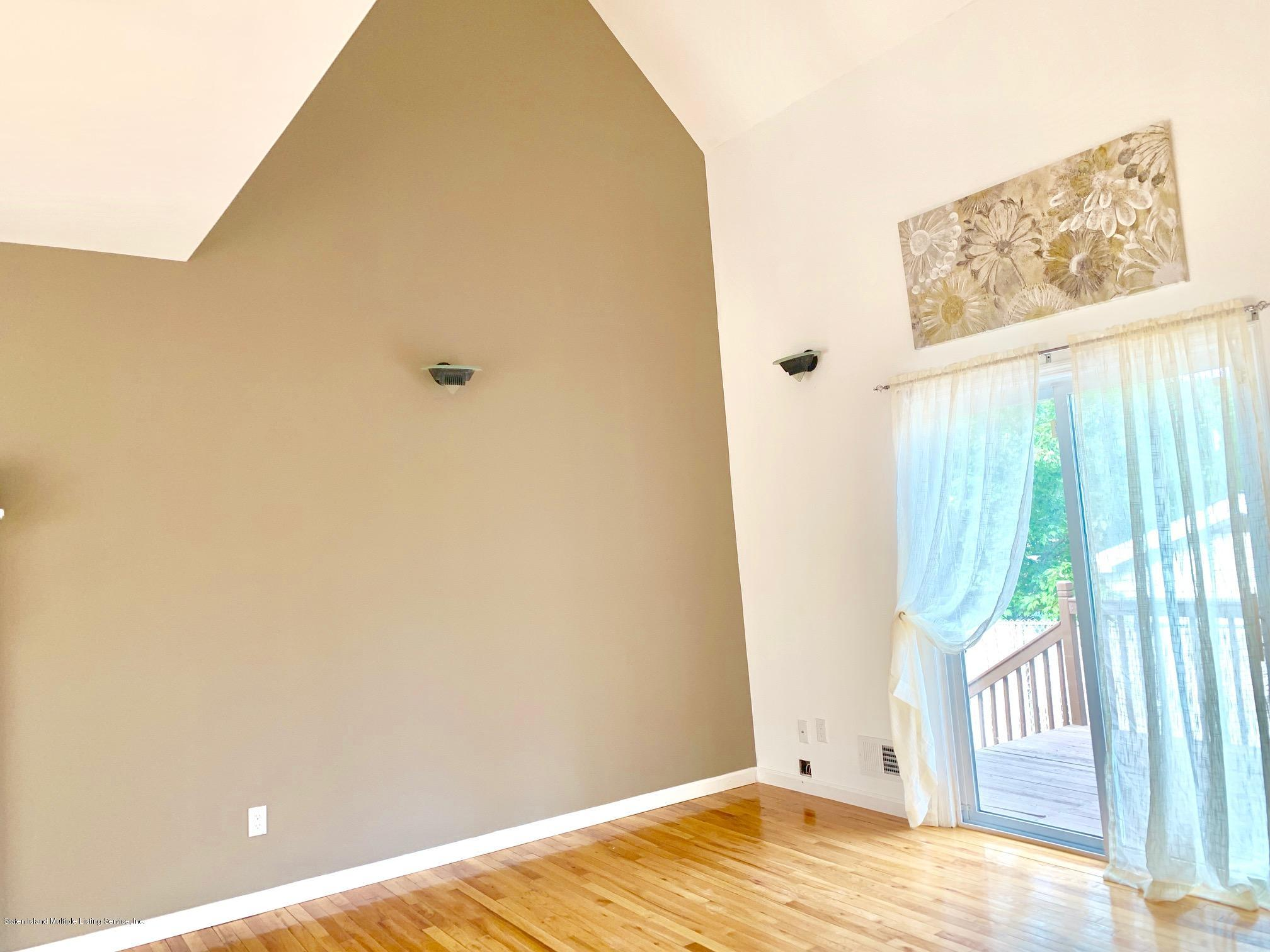 Single Family - Detached 11 Gilbert Place  Staten Island, NY 10309, MLS-1131291-10