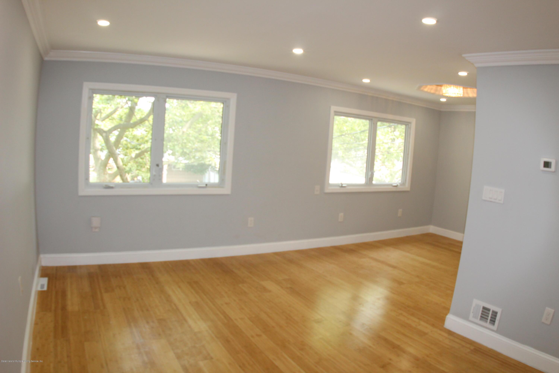 Single Family - Semi-Attached 268 Suffolk Avenue  Staten Island, NY 10314, MLS-1131293-8