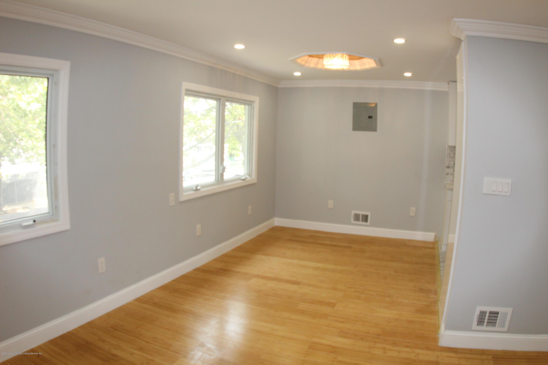Single Family - Semi-Attached 268 Suffolk Avenue  Staten Island, NY 10314, MLS-1131293-9