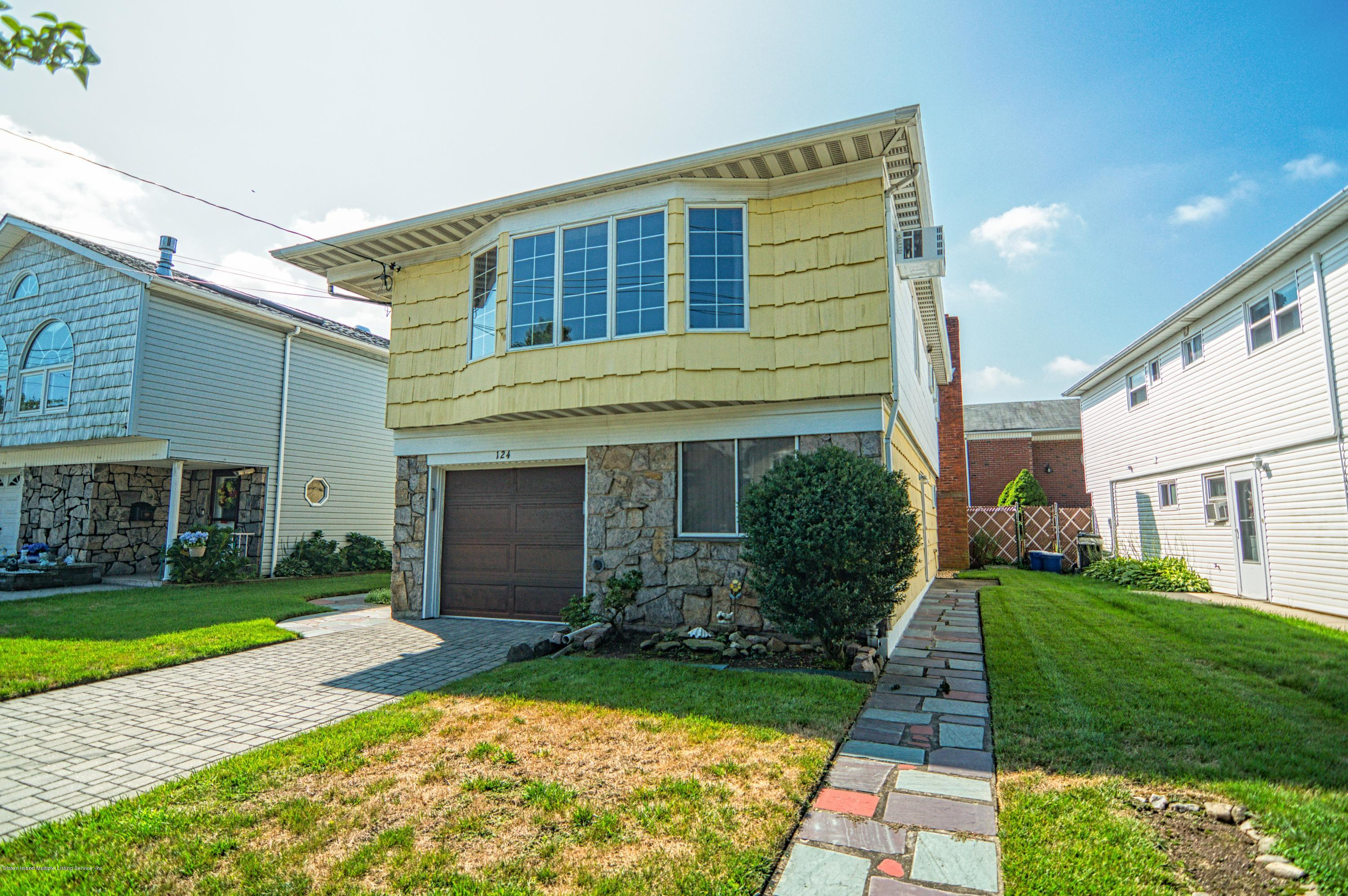 Single Family - Detached 124 Queen Street  Staten Island, NY 10314, MLS-1131413-3