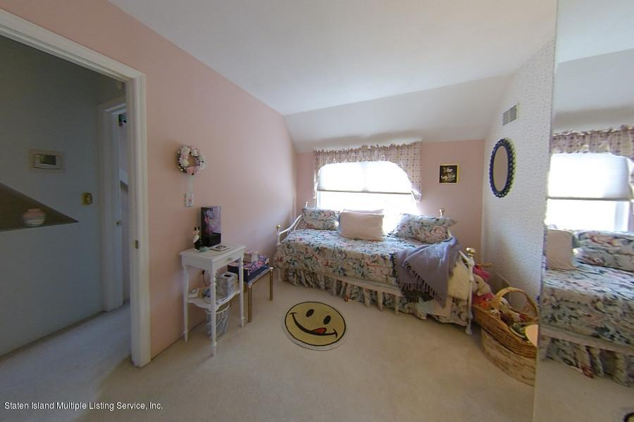 Single Family - Semi-Attached 315 Loretto Street  Staten Island, NY 10307, MLS-1131340-11